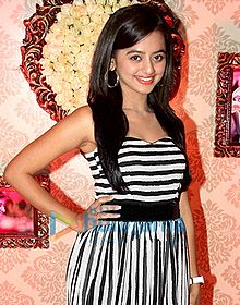 Helly Shah Hot Pic Images With Whatsapp Number And Contact Address