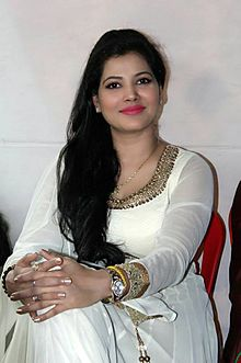 Seema Singh Hot Pic images with whatsapp number and contact